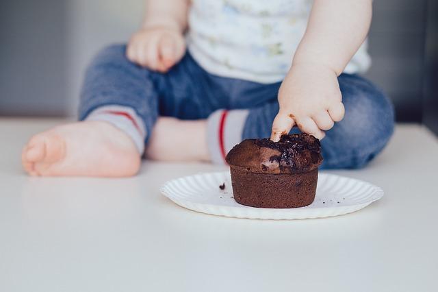 batole s dortíkem.jpg